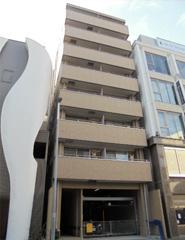 ブルーメゾン白壁 コーポ 地上2階建て 部屋数:8 名古屋市東区白壁五丁目21番地